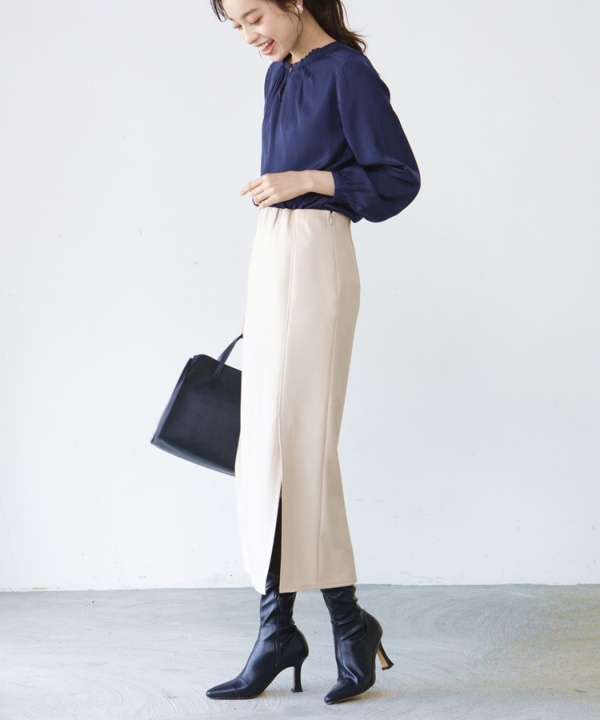 【A/W COLLELCTION 2021掲載】スリットロングスカート