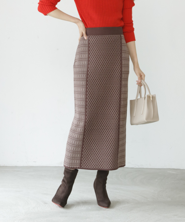 【A/W COLLELCTION 2021掲載】ジャガードロングニットタイトスカート