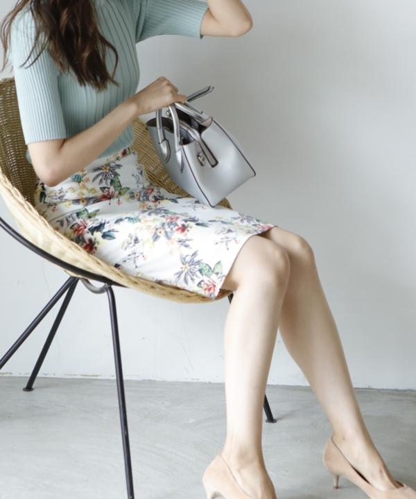 フラワータイトスカート